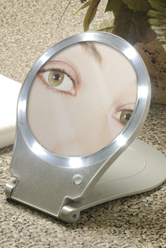 10x Magnifying Mirror - View 2