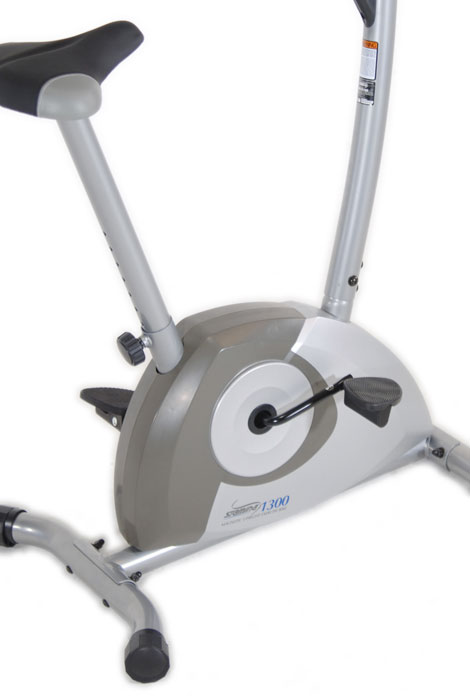 Magnetic Upright 1300 Exercise Bike - View 3