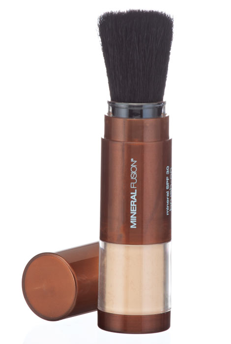 Mineral Fusion™ SPF 30 Brush-On Sun Defense - View 2
