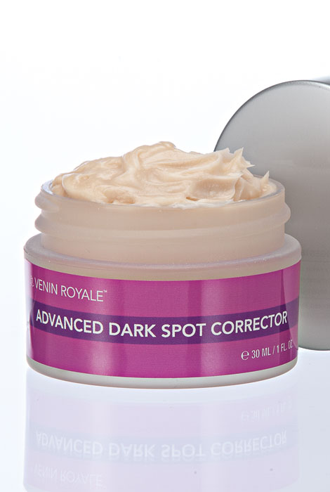 Venin Royale™ Advanced Dark Spot Corrector - View 2