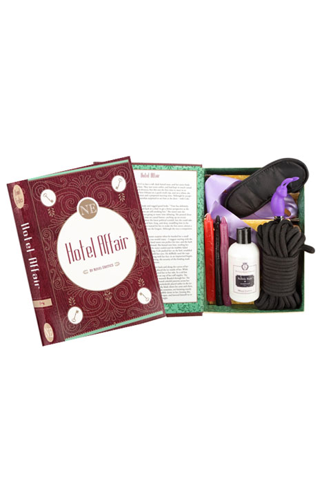 Hotel Affair Novel Gift Set - View 2