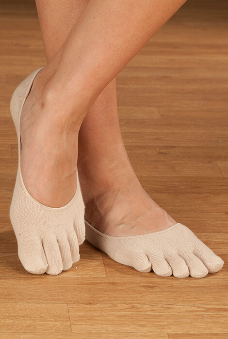 Comfy Gel Heel Toe Socks - View 2