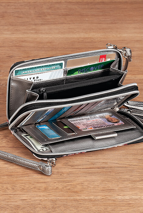Buxton® RFID Quilted Ultimate Wallet - View 3