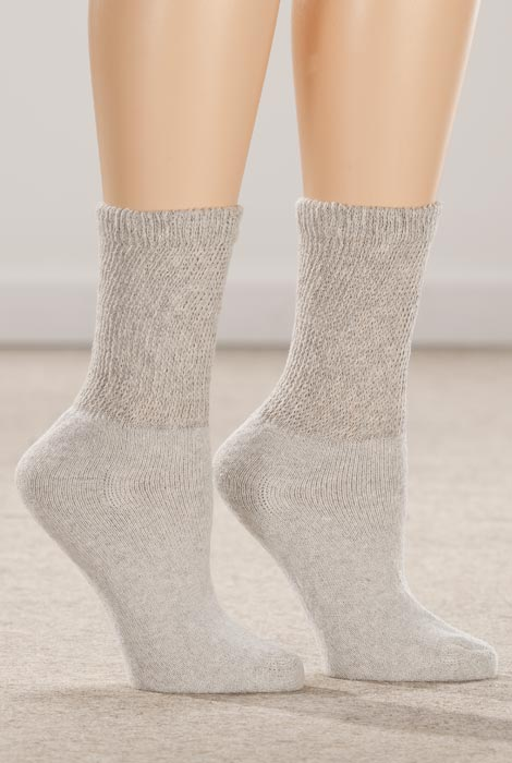 Healthy Steps™ 3-Pack Diabetic Socks - View 1