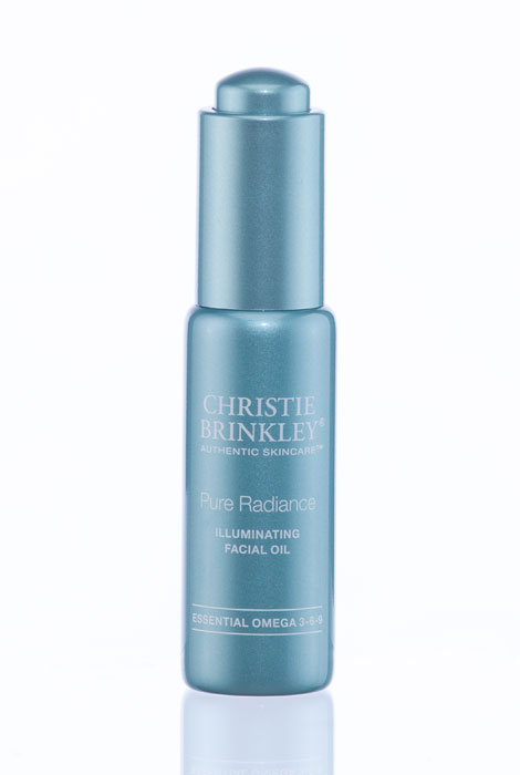 Christie Brinkley Pure Radiance Illuminating Facial Oil