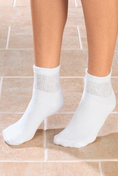 Silver Steps™ 3 Pack 1/4 Cut Cool + Dry Diabetic Socks - View 1