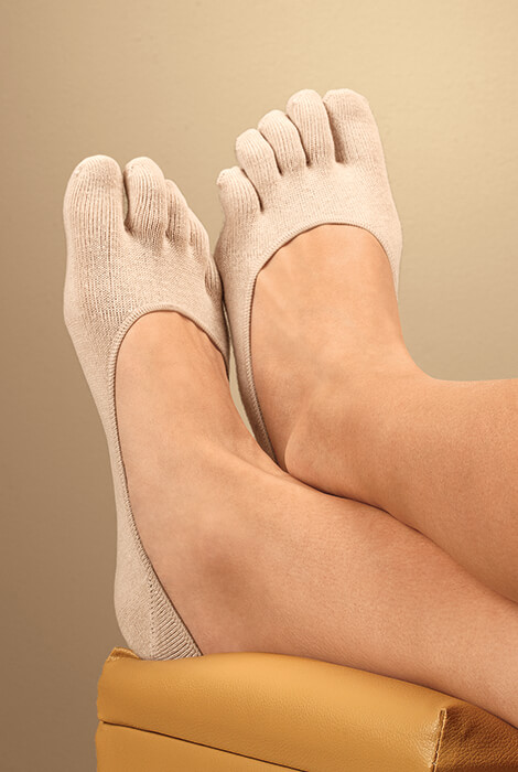 Comfy Gel Heel Toe Socks - View 1
